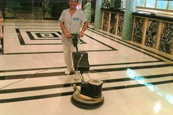 Cleaning polished and sealed stone floors